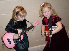 Emma and Monroe pickin'