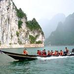 Mit dem Longtail auf dem Cheow Lan Lake