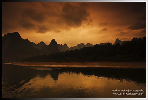 china river li guilin yangshuo hills southern limestone karst guang jiang guangxi xi