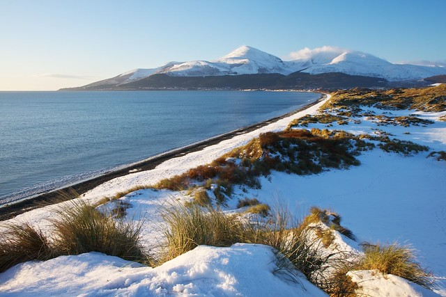 murlough beach, Mourne mountains and snow