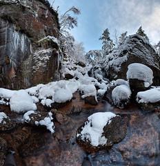Burn O'Vat waterfall in winter (PC049032)