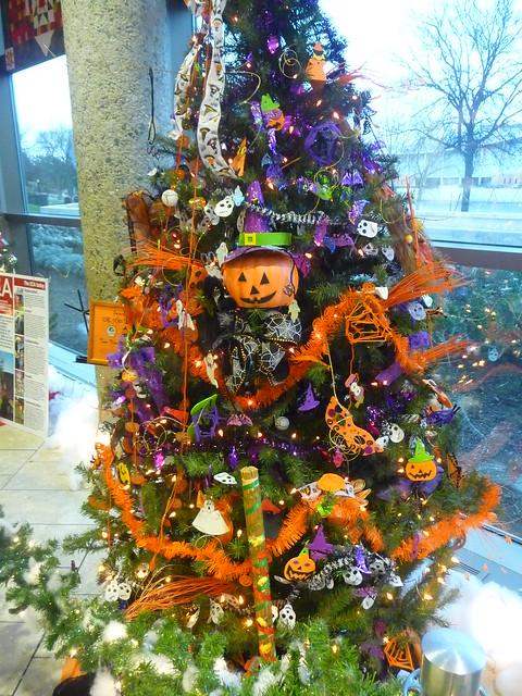 Halloween Christmas tree