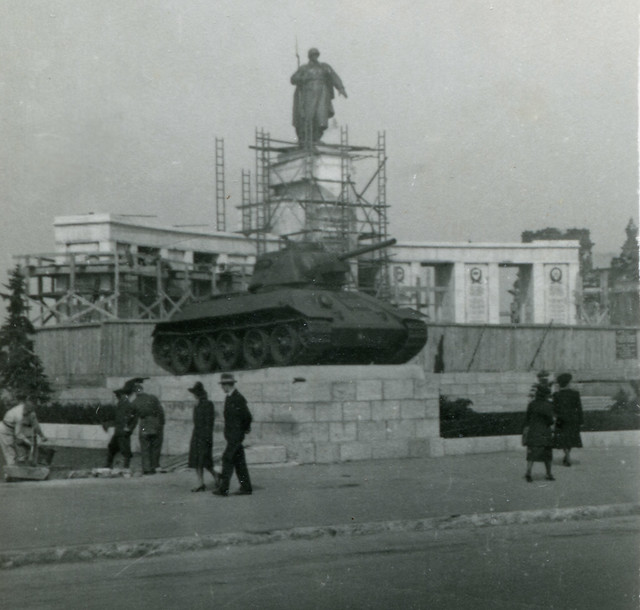 War Memorials Berlin Berlin 1946 Soviet War