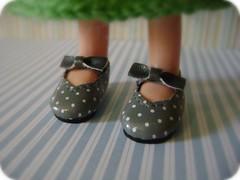 pattern, brown, footwear, shoe, polka dot, limb, leg, design,