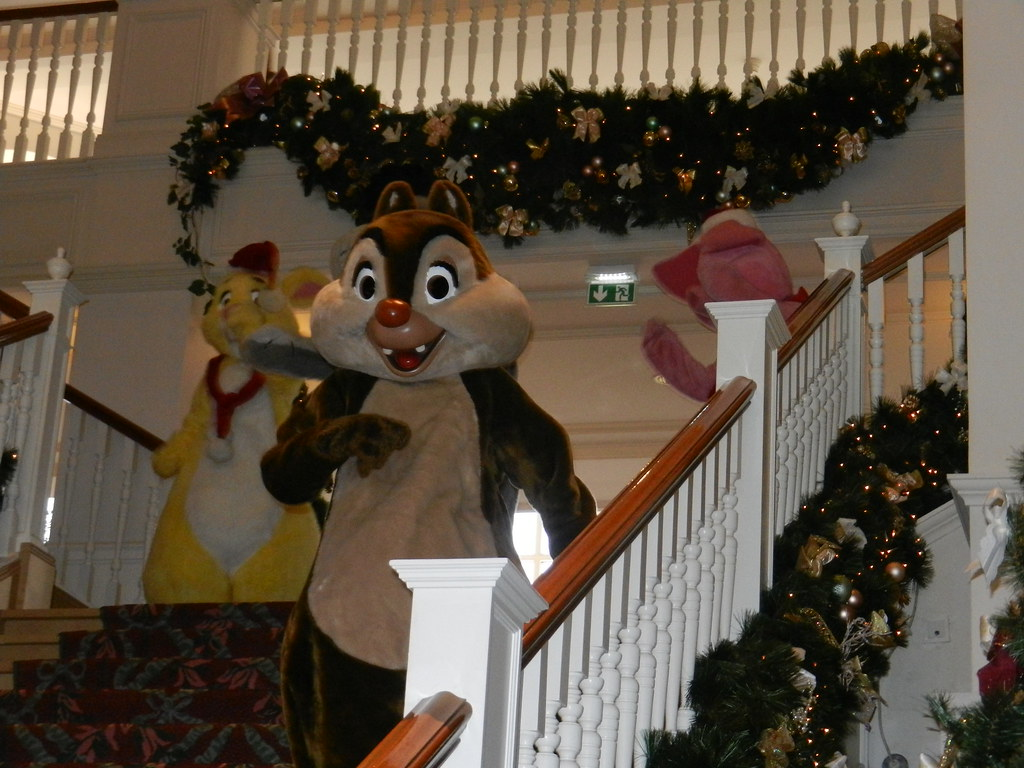 Un séjour pour la Noël à Disneyland et au Royaume d'Arendelle.... - Page 7 13899104851_f7079573bf_b