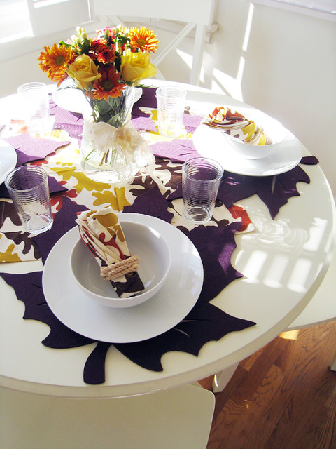 kitchen table set for thanksgiving+leaves