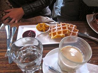 Waffles | Café Medina