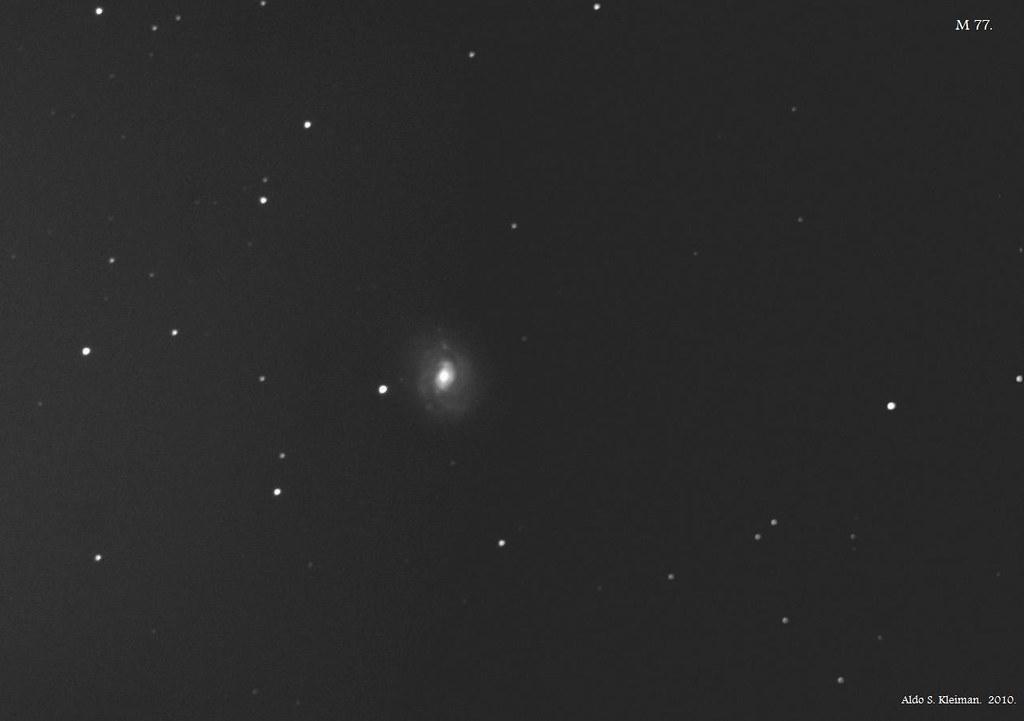 Galaxia M77.