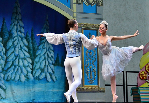 The Nutcracker Ballet - Snow Queen & Snow King