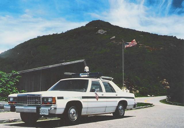 Us Park Ranger At Craggy Gardens Visitor Center Blue Ridg Flickr Photo Sharing