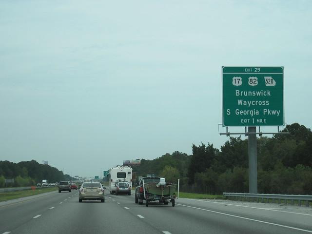I-95 northbound approa...I 95 Exit 29