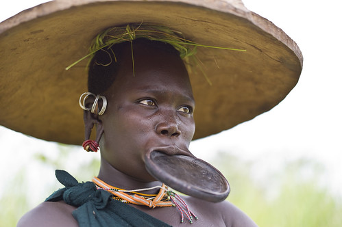 Suri with lip plate near Tulgit, Ethiopia