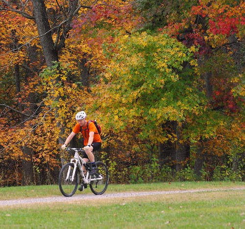 Bike an eastern Virginia trail this fall