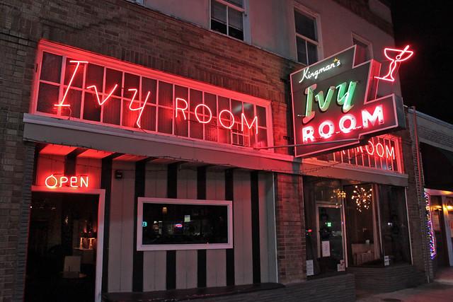Kingman's Ivy Room - 860 San Pablo Avenue, Albany, California U.S.A. - November 17, 2010