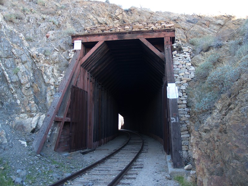 Tunnel 21