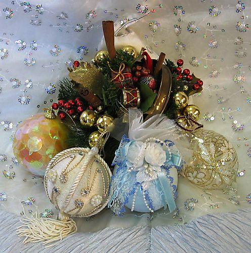 12.16①クリスマスの玉飾り by Poran111