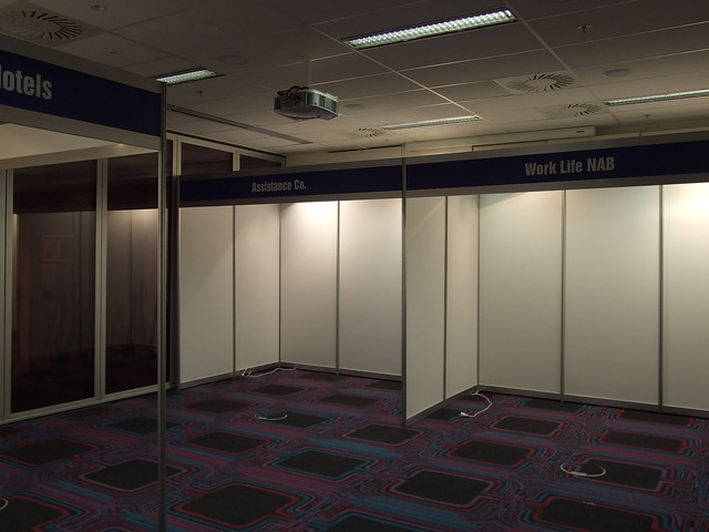 Modular Exhibition Stands S : Expo direct octanorm modular shell scheme stands