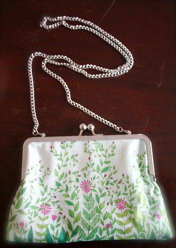 purse with shoulder strap
