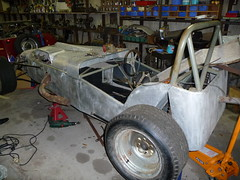 race car, automobile, wheel, vehicle, antique car, vintage car, land vehicle, chassis, sports car,