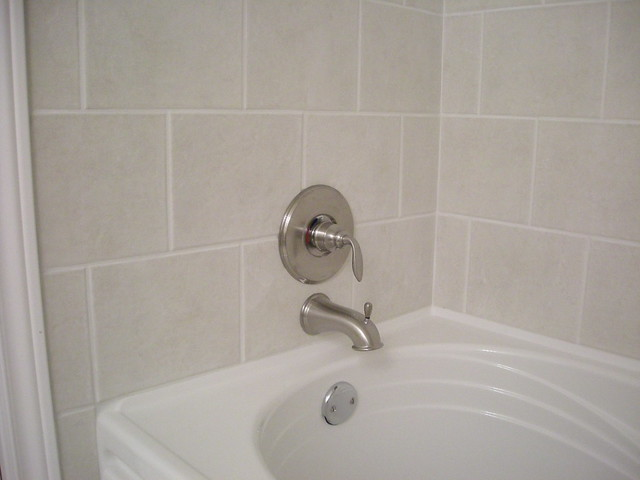 BATHTUB LINERS AND WALL SURROUNDS WILL TRANSFORM YOUR BATHTUB AREA