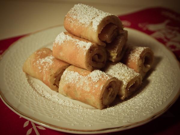 banana pancake rolls