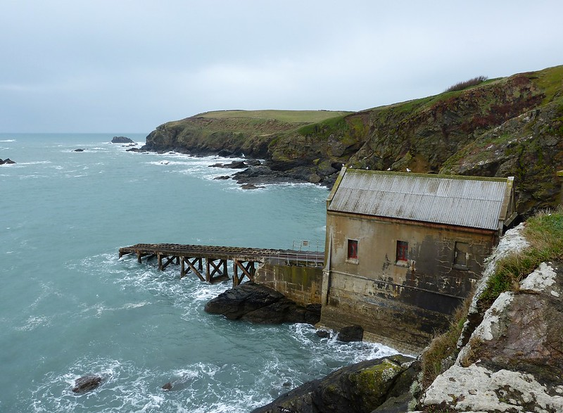 P1070269 - Abandoned Lifeboat Station, The lIzard