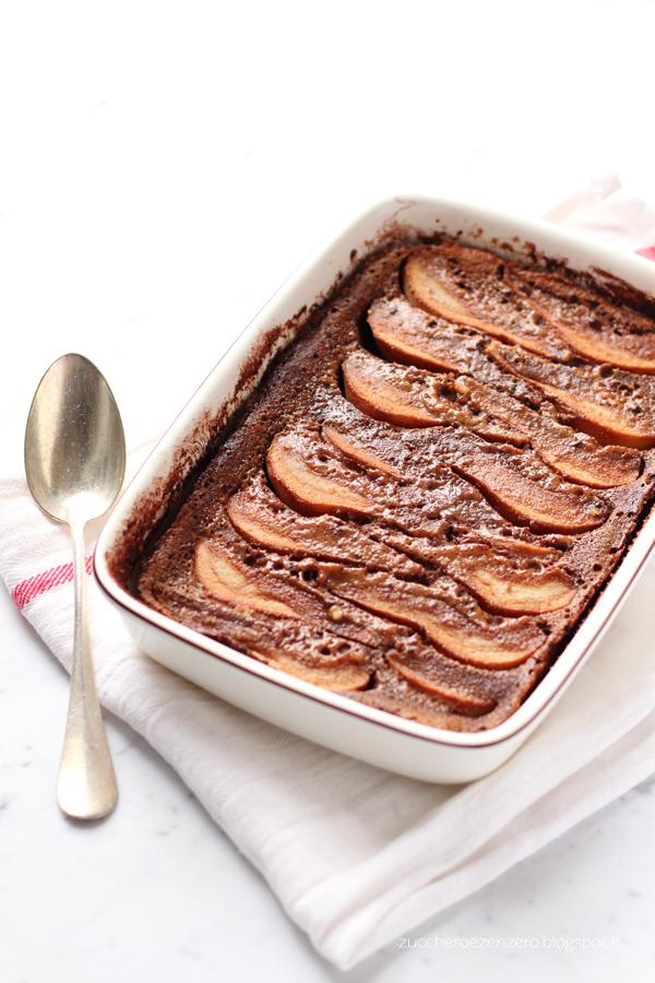 Clafoutis al cioccolato, pere e nocciole