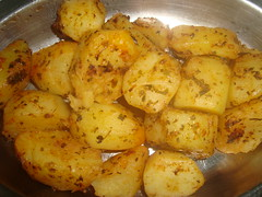 cooking plantain(0.0), plant(0.0), potato wedges(0.0), vegetable(1.0), vegetarian food(1.0), potato(1.0), produce(1.0), food(1.0), dish(1.0), cuisine(1.0), root vegetable(1.0),