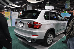 automobile, automotive exterior, sport utility vehicle, wheel, vehicle, automotive design, compact sport utility vehicle, auto show, bmw x5, crossover suv, bmw x5 (e53), bumper, land vehicle, vehicle registration plate, motor vehicle,