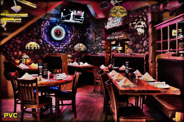 Sammys fish box restaurant american restaurant canarsie for Sammy s fish box