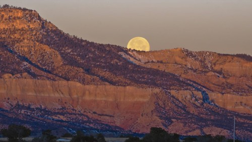 Moonset | Abiquiu, New Mexico Full Moon Timelapse
