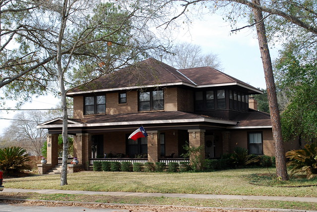 Brick craftsman home brenham tx flickr photo sharing Brick craftsman house