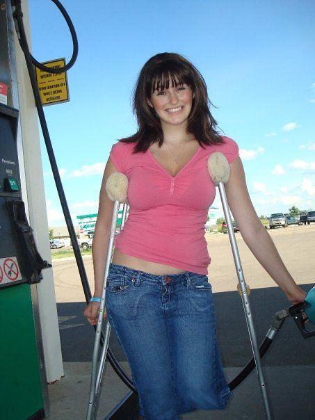 Sak Amputee Women On Crutches Images-2001