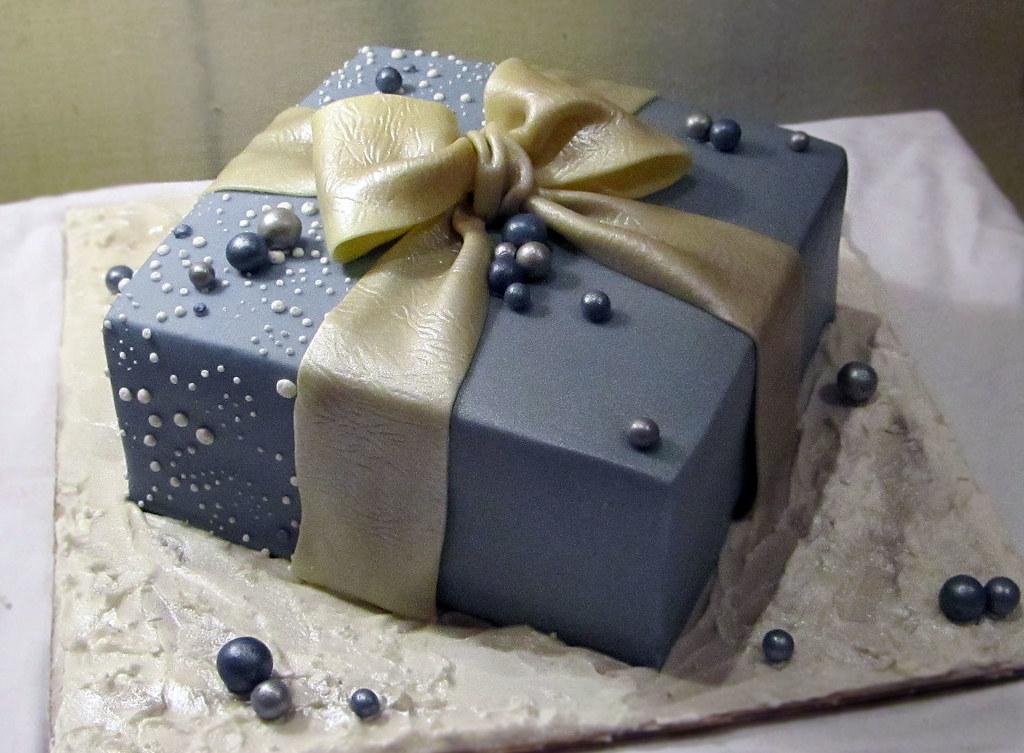 Gift box cake a photo on flickriver gift box cake negle Images