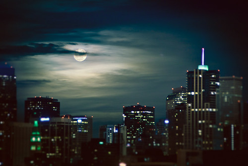 city moon night clouds downtown moody denver moonrise rise explore215 supermoon explore032011