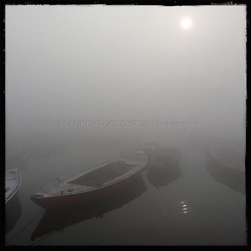 morning winter sun india cold reflection water fog mystery river square dawn boat view dream atmosphere silence varanasi shanti kashi timeless ganga ganges ghats benares benaras uttarpradesh भारत indiasong