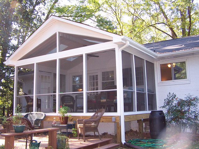 Pics of screened in porches on mobile home joy studio for Modular screen porch