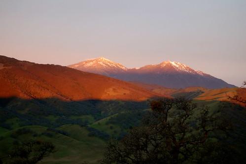 snow sunrise mtdiablo alpenglow roundvalley roundvalleyregionalpreserve claytonca ebparksok