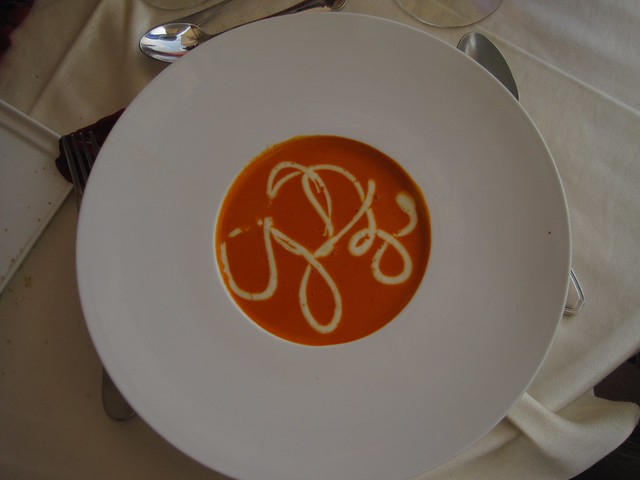 el-convento-boutique-restaurant-romantic-dinner-antigua-guatemala-roasted-red-pepper-soup