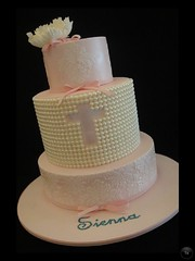 Pearl and Stencil Cake