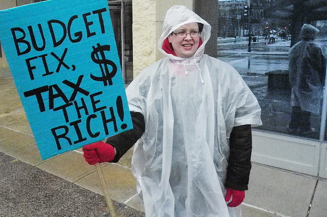 Budget Fix, Tax the Rich!