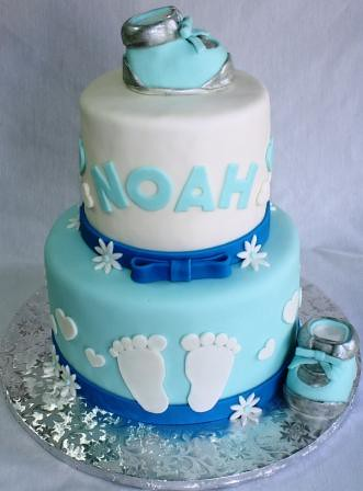 baby booties and baby feet boy 39 s baby shower cake flickr photo