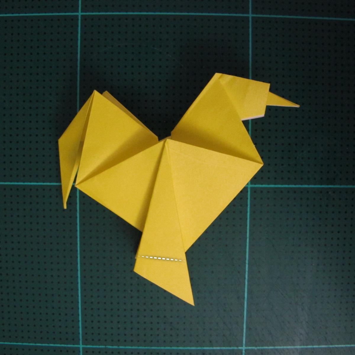 การพับกระดาษเป็นรูปไก่ (Origami Rooster) 009