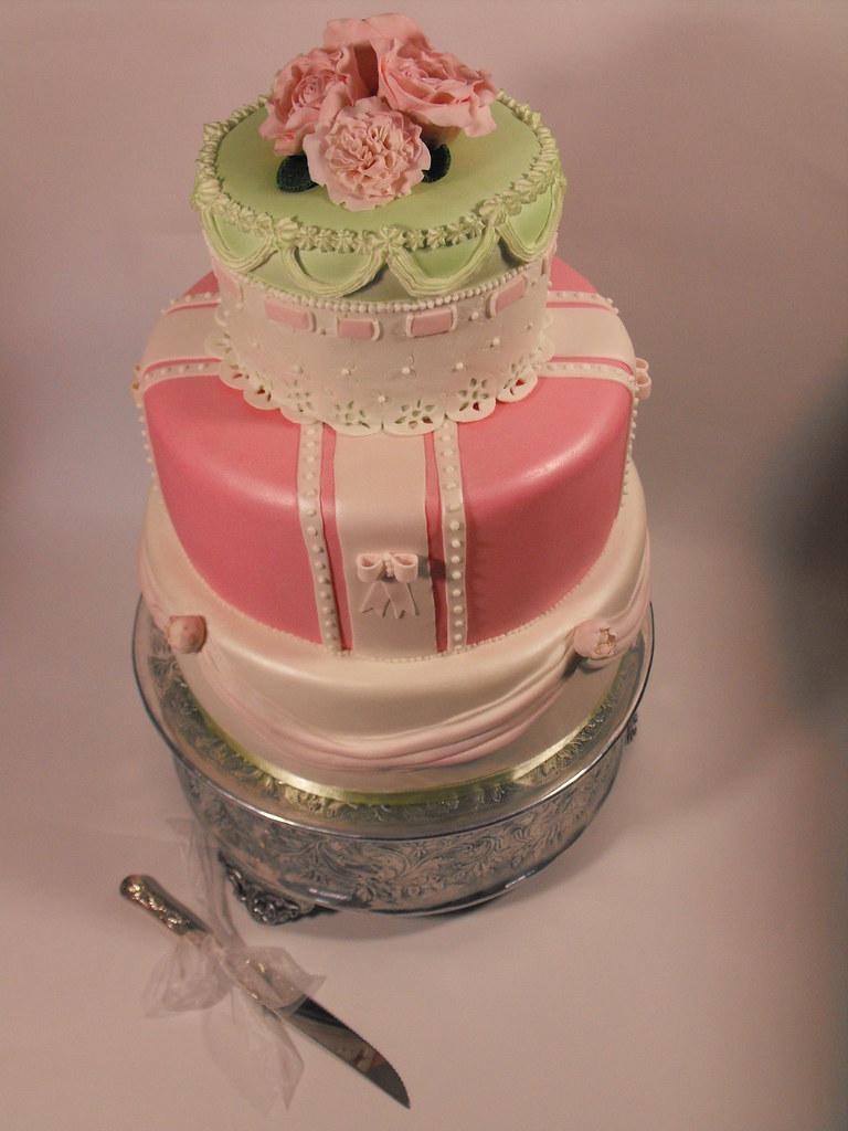 MarziAnn Vintage Wedding Cake for a bride