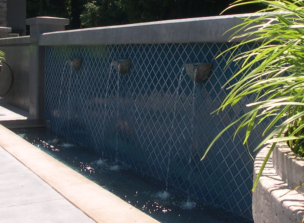 Water Wall With Multiple Sconces Aloha Pools Ltd Flickr