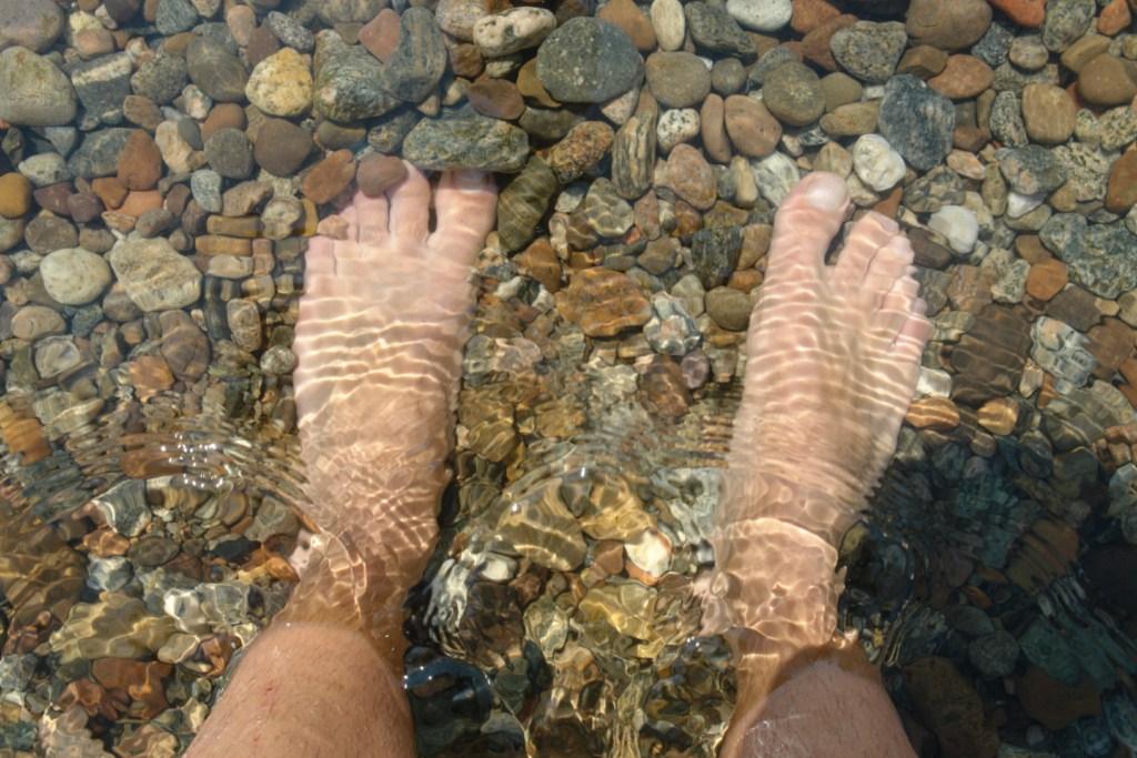 Mis pies en el Lago Baikal lago baikal - 5537669185 49d2ce4abb o - Lago Baikal de Siberia, Rusia