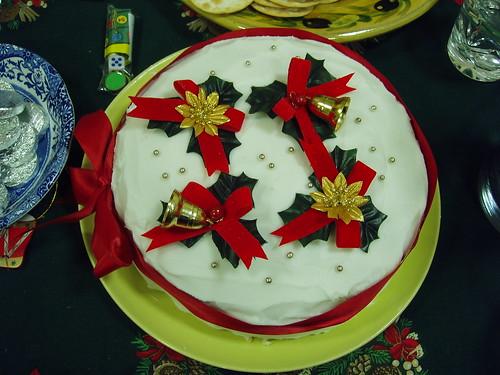 201012250242_Christmas-cake