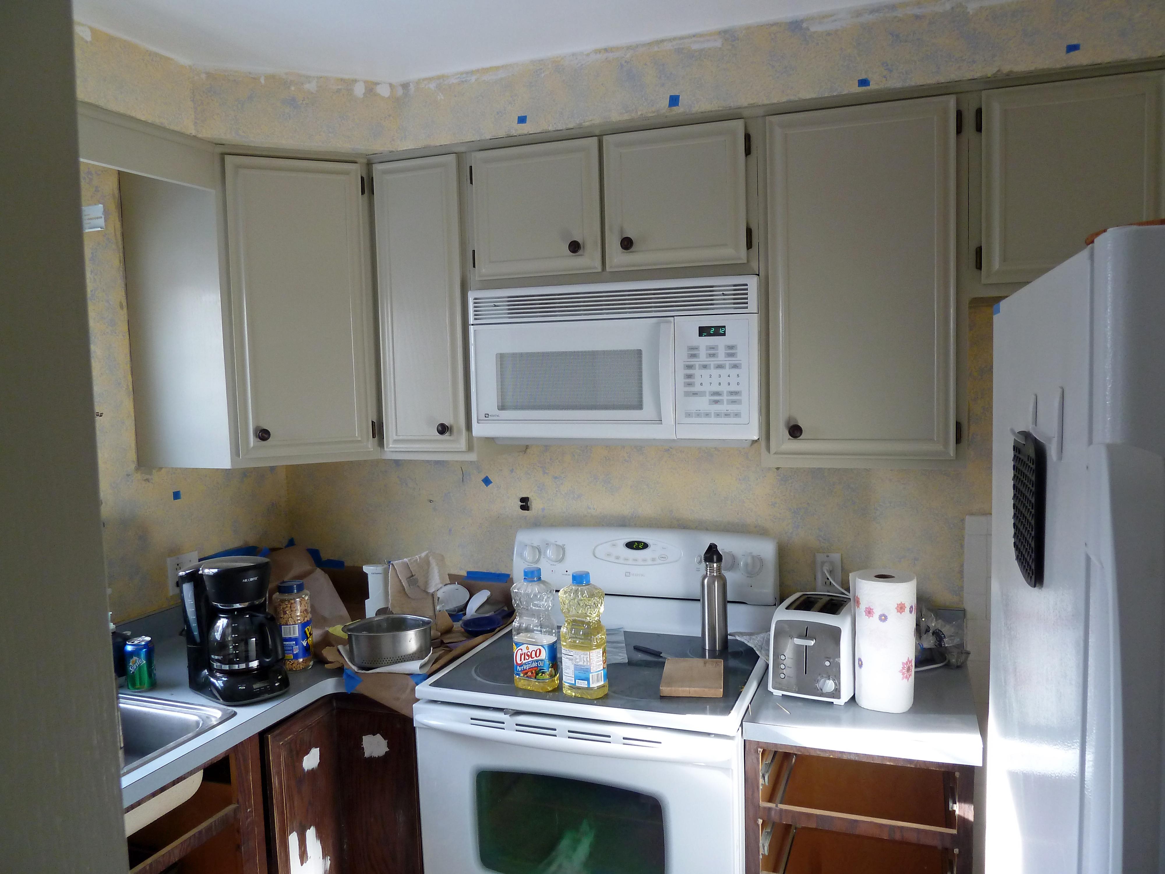 Cream Kitchen Cabinets Warm Walls