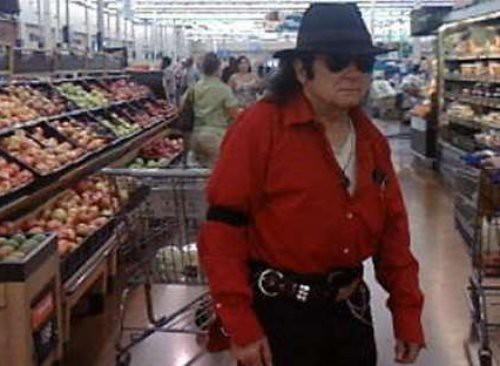Walmart Customers Caught On Camera
