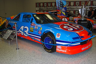 #43, Richard Petty STP Pontiac